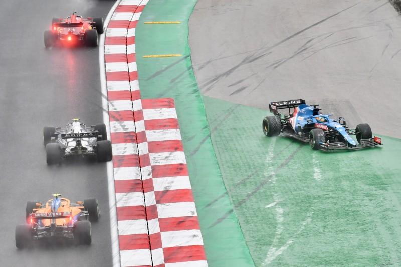 FIA erklärt: Darum wurde Pierre Gasly für den Startcrash bestraft