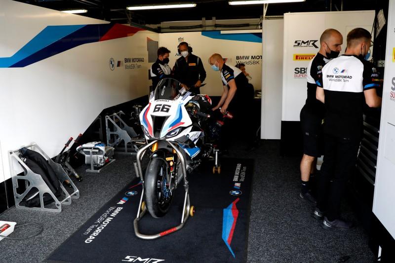 BMW in Argentinien: Tom Sykes fällt erneut aus, Eugene Laverty springt ein