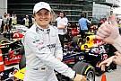 Mercedes'teki ilerleme Rosberg'i heyecanlandırıyor