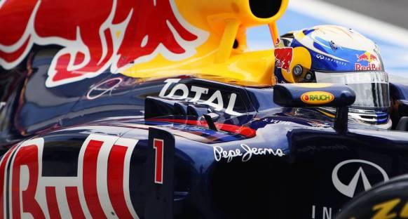 2011 Macaristan Grand Prix Cumartesi antrenmanları - Vettel lider