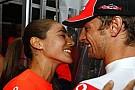 Button kariyerinin 'en iyi zaferini' kutluyor