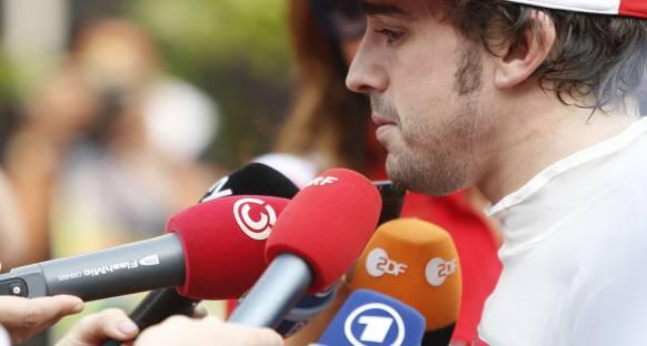Alonso'dan Ferrari'ye tam destek