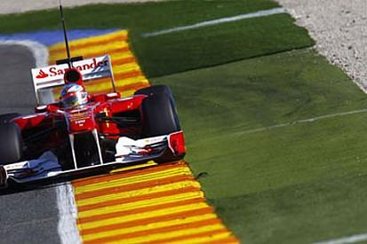 Valencia'da ikinci gün Alonso lider