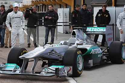 Mercedes, daha güçlü bir 2011'den emin