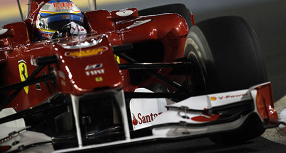 Singapur Grand Prix 2010 sıralama turları - Alonso pole pozisyonunda