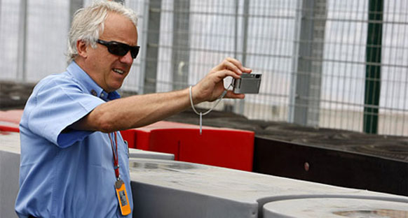Ferrari Whiting'in 'anında' cevap verdiğini yalanlıyor