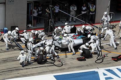 Les pilotes Williams surpris par la rapidité des arrêts au stand