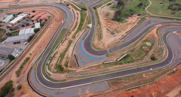 Yeni Kyalami pisti Formula 1 standartlarına yaklaştı
