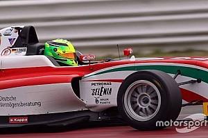F3 Son dakika Mick Schumacher sezona zaferle başladı