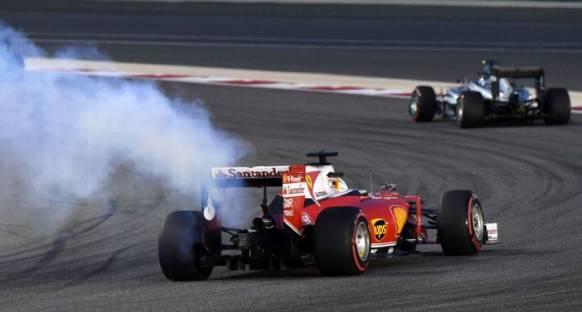 Vettel: Yarış dışı kalmak şaşırtıcı
