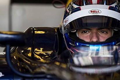 Latifi, Cuma günü pilotu olarak Renault'ya katıldı