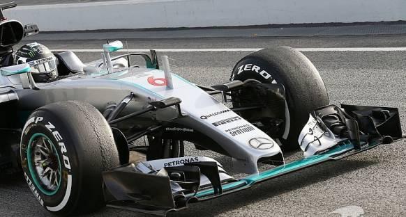 Mercedes yeni burunu üçüngü gün piste sürecek