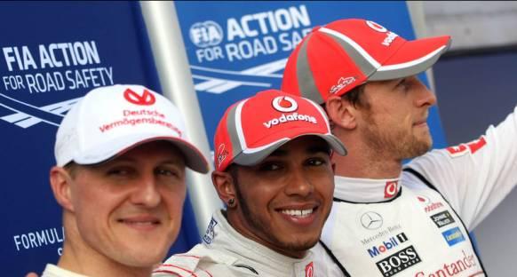 Hamilton Schumacher'e saygısızlık ettiği yönündeki haberleri yalanladı