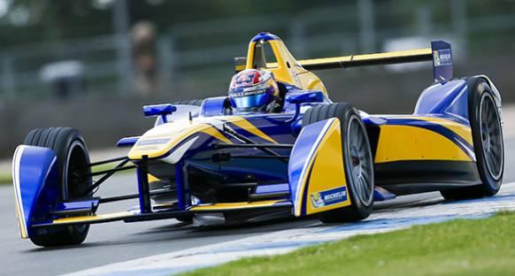 Renault'un Formula E'deki başarısının hakkı verilmeli