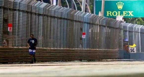 Vettel: Piste Giren Adam Çıldırmış Olmalı