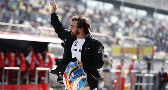 Alonso McLaren'in ilerlemesini övdü