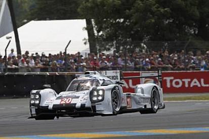 21. Saat: Audi sorun yaşarken, Porsche zirveye yükseldi