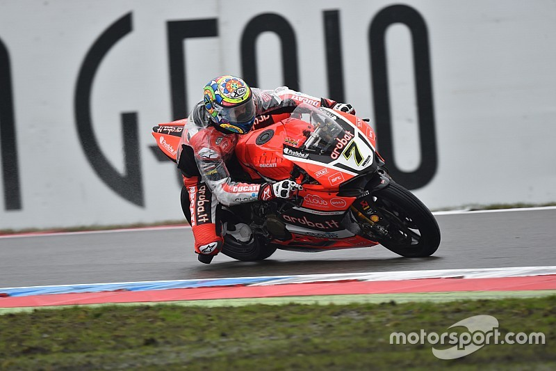 World SBK Imola: Davies snelst, Van der Mark twaalfde in eerste training