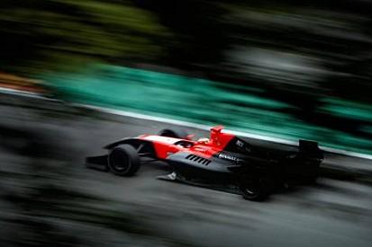 Formula Renault 3.5'te Jules Bianchi pole'de