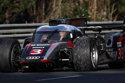 Le Mans 24'te 5.saat: Davidson'un feci kazası korkuttu