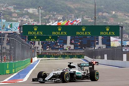 俄罗斯大奖赛FP2:汉密尔顿领先,维特尔再遇赛车故障