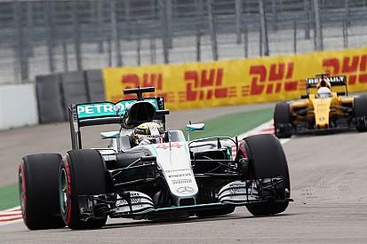 Reprimenda para Hamilton por el incidente en clasificación
