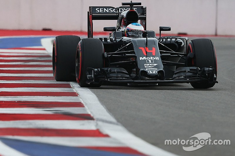 Alonso ouvre son compteur et récompense McLaren