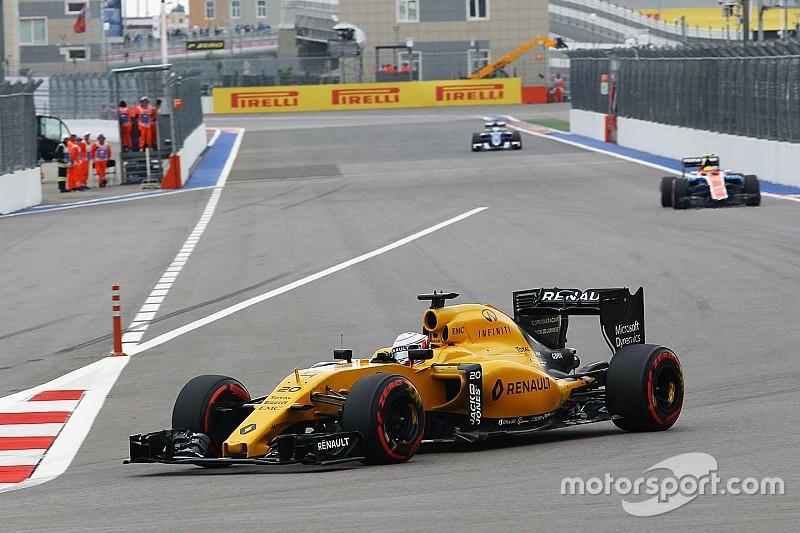 Magnussen marque les premiers points de Renault