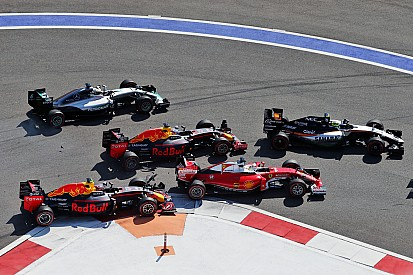 Ferrari Kvyat'ın özrünü kabul etmiyor