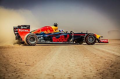Video: Formel-1-Showrun mit David Coulthard in Jordanien