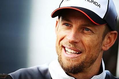 """Button reclama de troca entre Verstappen e Kvyat: """"é sério?"""""""