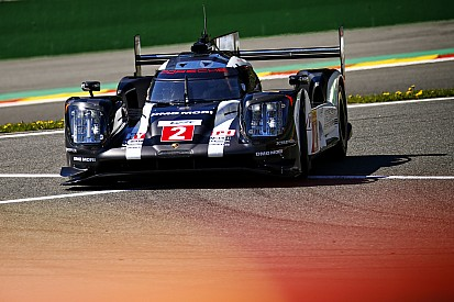 Sans compromis, Porsche pense au titre avant Le Mans