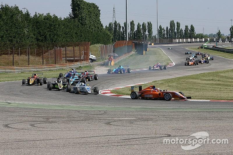 意大利F4阿德里亚第二回合:叶一飞获得亚军