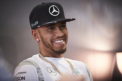 Brasileiros ex-F1 não descartam tetra de Hamilton