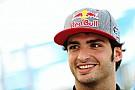 Sainz Jr. overtuigd dat ook hij kans bij Red Bull krijgt