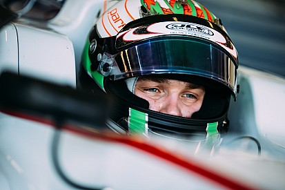 Matt Parry convaincu de jouer le titre GP3 2016