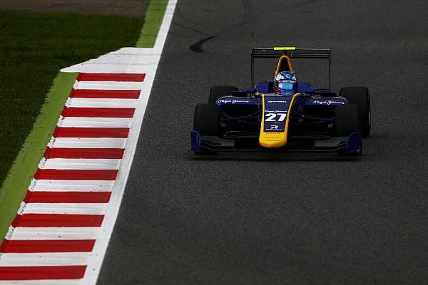 Barcelona GP3: Hughes takım arkadaşı Jorg'un önünde lider