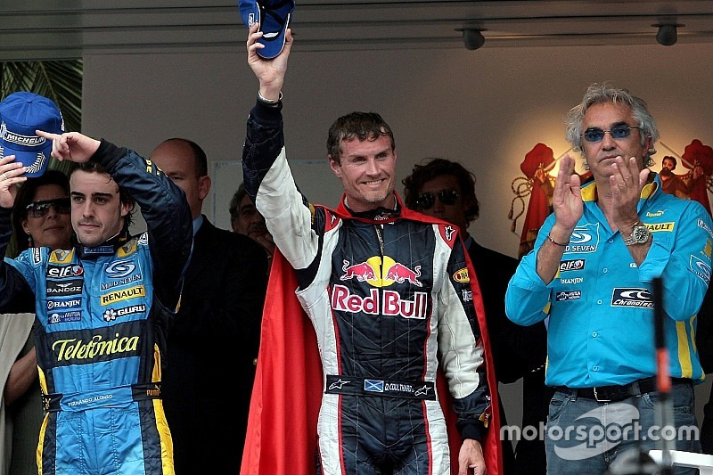 Monaco 2006 - Premier podium de Red Bull, Horner dans la piscine!