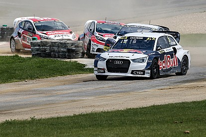 Ekström conclut la première journée en tête devant Loeb