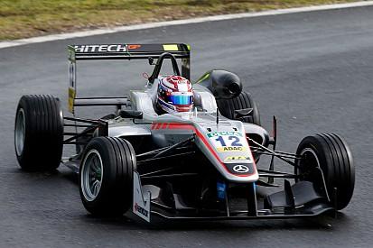 Pau F3: Russell logra su primera victoria de 2016 tras dos coches de seguridad