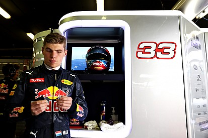 Mercedes resta importancia a su interés por Verstappen