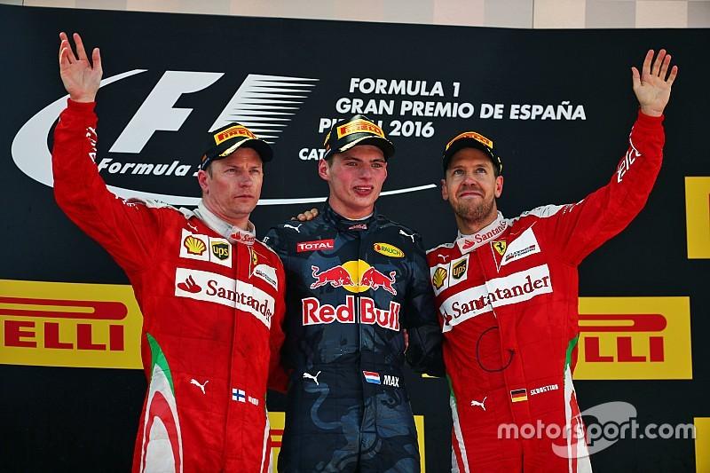 Verstappen hace historia en Barcelona tras el lío de los Mercedes