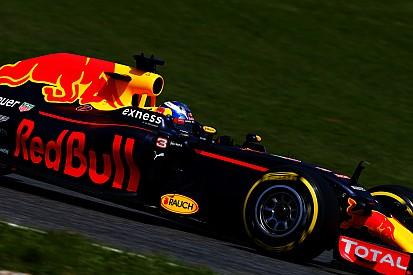 """Ricciardo - """"Nous pensions que les autres feraient pareil"""""""