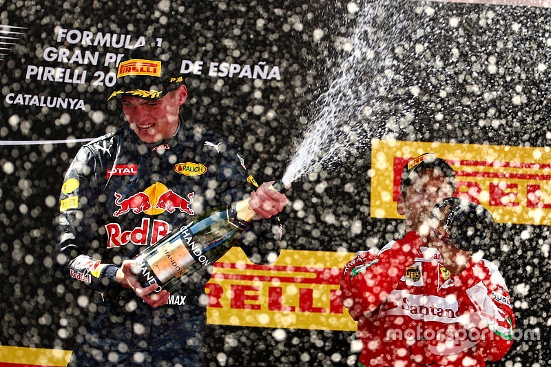 So hat Max Verstappen seinen Formel-1-Sieg gefeiert