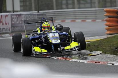 Лоранди выиграл финальную гонку в По