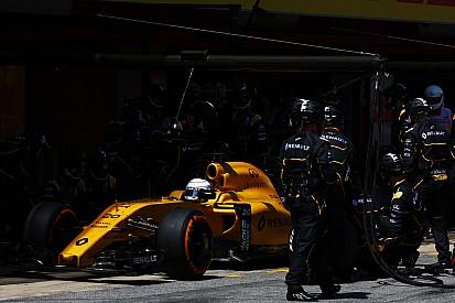 Renault - Une fin de GP en eau de boudin