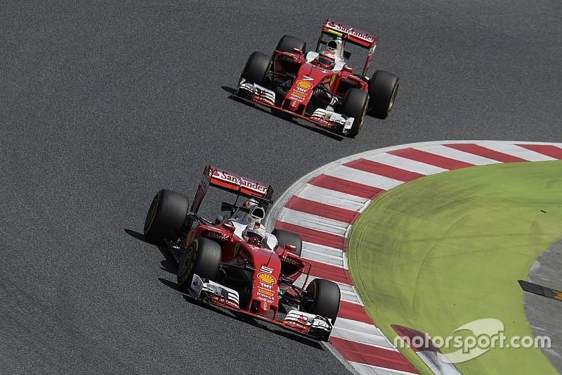 Chefe diz que Ferrari desperdiçou oportunidade de ganhar