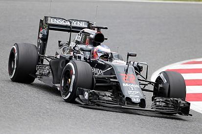 Button lidera manhã de teste na Espanha para McLaren