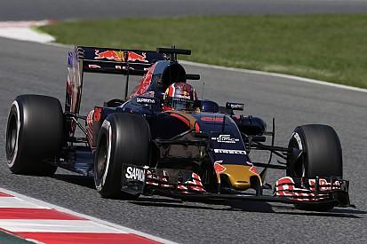"""Kvyat cree que """"personalizando"""" el Toro Rosso llegarán los resultados"""