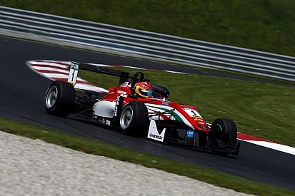Lance Stroll conquista la pole position per Gara 2 e 3 in Austria